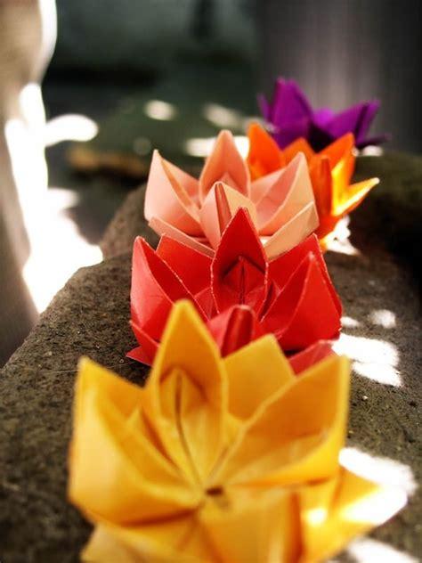 origami fiori di loto origami fiore di loto fiori di carta come fare fiori
