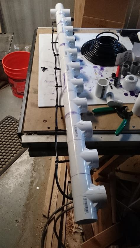 Manifold Plumbing by Plumbing How Can I Run Air Tubing Into A Pvc Manifold