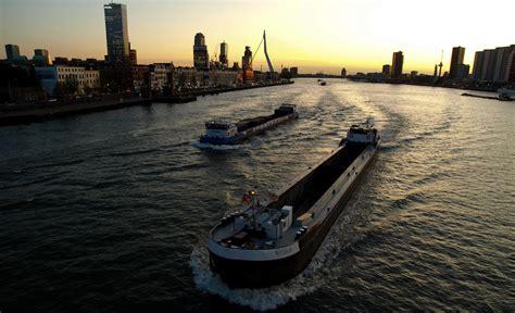 scheepvaart cijfers nieuwsblad transport gt binnenvaart achterblijver in vierde