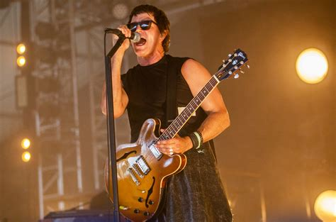third eye blind third eye blind gets boos and cheers for
