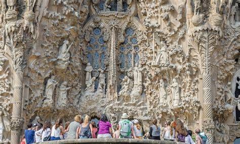sagrada familia ingresso visita guidata alla sagrada familia con biglietti ingresso