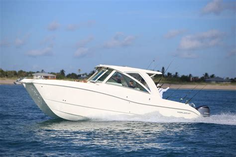 world cat boat test 2017 world cat 320dc dual console buyers guide us boat