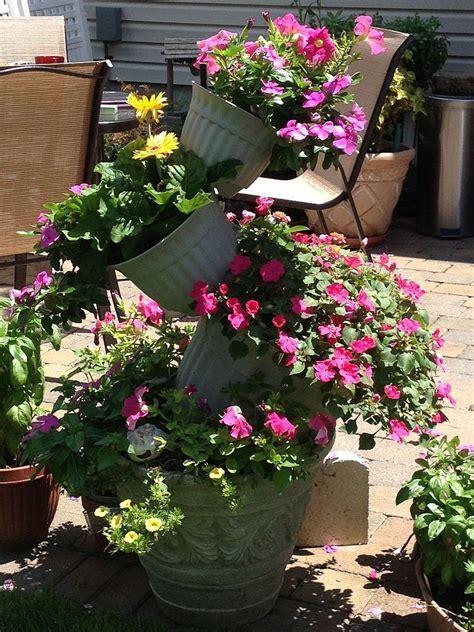 Hometalk   Topsy Turvy Flower Pot Creation