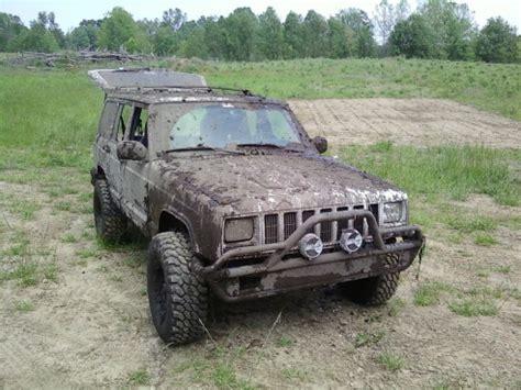 mudding jeep cherokee out mudding pics jeep cherokee forum