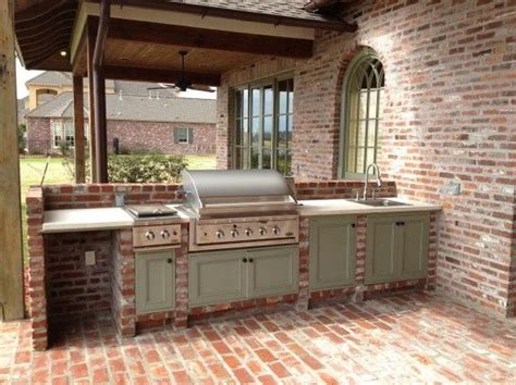 outdoor kitchen furniture 25 best ideas about outdoor kitchen cabinets on