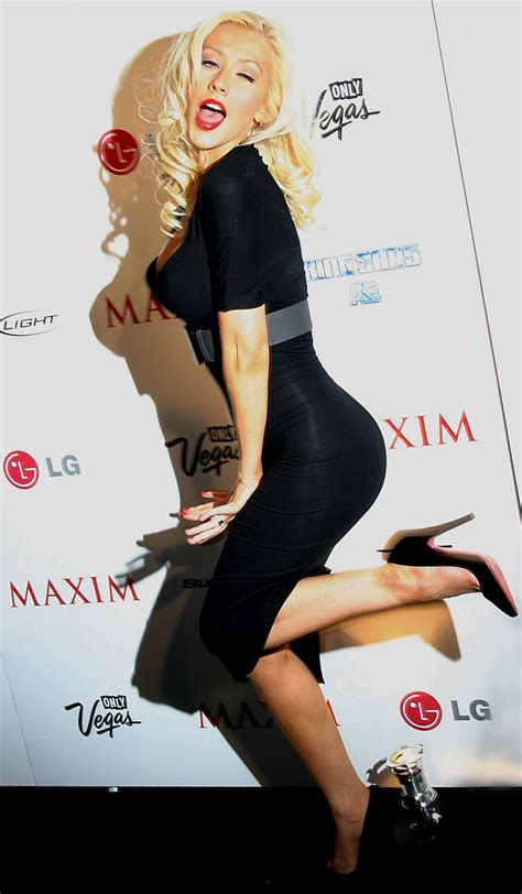 Aguilera Smokin On Maxim by 1000 Images About Xtina On