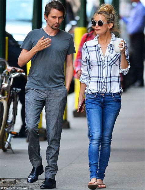 Kate Hudson Strolls In Soho With by Kate Hudson And Matthew Bellamy Enjoy A Casual Stroll In