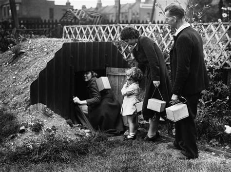 bbc primary history world war 2 wartime homes bbc primary history world war 2 children at war