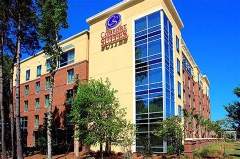 comfort inn suites charleston sc cheap hotels in charleston sc compare the best deals