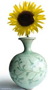 Sunflower In A Vase Sunflower In Vase Pictures Freaking News
