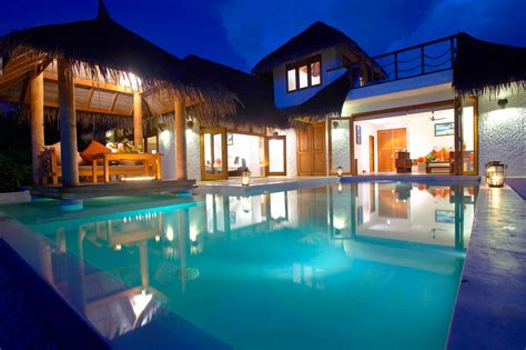 U Shaped House Plans With Pool In Middle island hideaway at dhonakulhi maldives spa resort