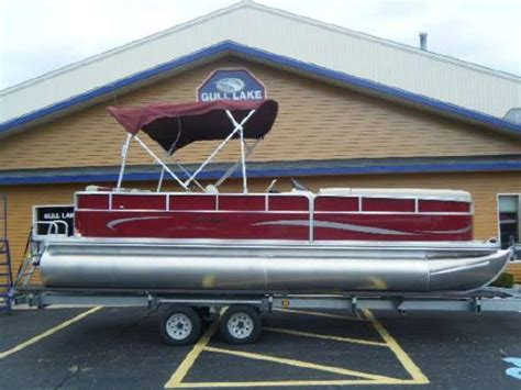 pursuit boats dealer cost 2011 berkshire pontoons 220cl ltd boats yachts for sale