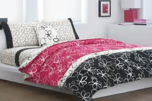 black and pink bedding black and pink bedspreads 11 cool wallpaper