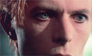 david bowie eye color til that david bowie doesn t actually two differently
