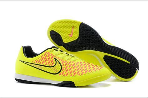 Sepatu Futsal Yang Ringan Tips Memilih Sepatu Olahraga Futsal Yang Tepat