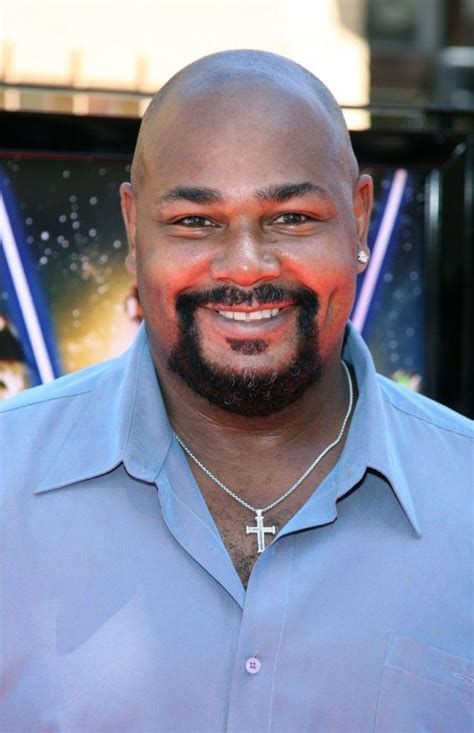 biography kevin liliana kevin michael richardson pictures and photos fandango