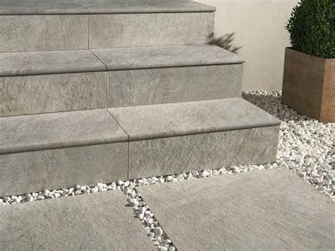 pavimenti step pavimentazione esterna in gres porcellanato dual step