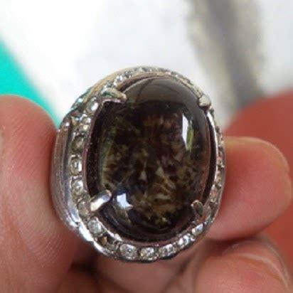 Batu Permata Bulu Macan Hitam keunikan dan khasiat batu akik bulu macan batu bacan