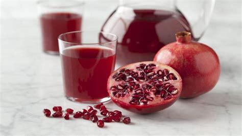 Buku Makanan Jus Yang Luar Biasa rajin minum jus delima ini 4 manfaat sehat luar biasa yang bisa didapat okezone lifestyle