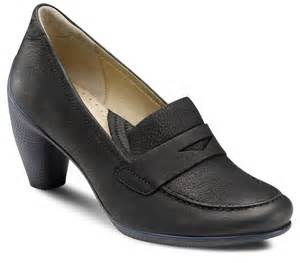 most comfortable dress shoes for dresses