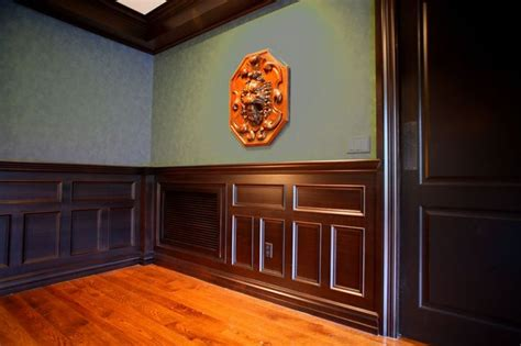Stained Wainscoting by 1000 Ideas About Stained Trim On Wood Trim