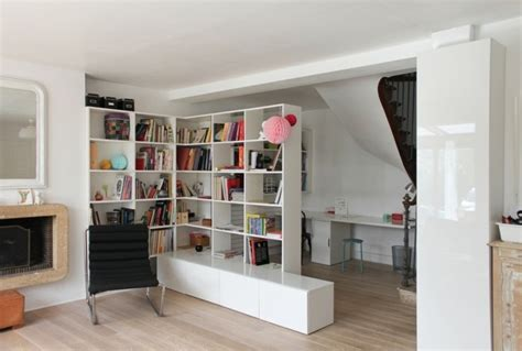 kleines bücherregal kinderzimmer regal idee