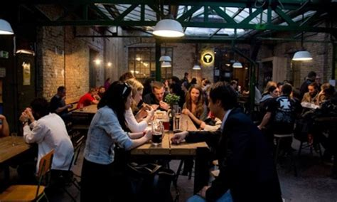 top 10 bars in budapest top 10 craft beer bars in budapest eyeslikeplates