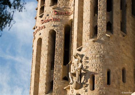 Barcelona: Wondering at The Sagrada Família   BaldHiker