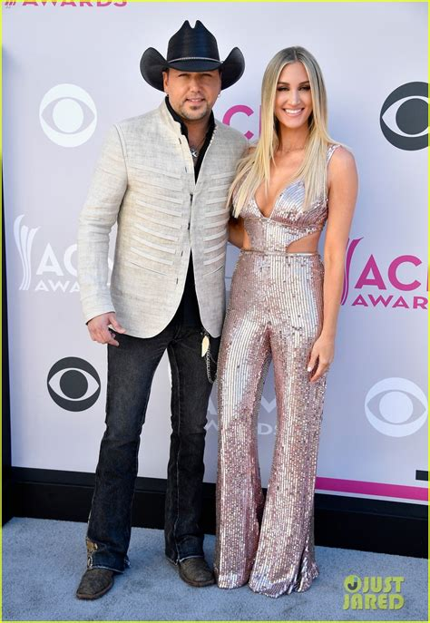 jason aldean gets a big surprise from wife brittany on jason aldean wife brittany step out for acm awards 2017