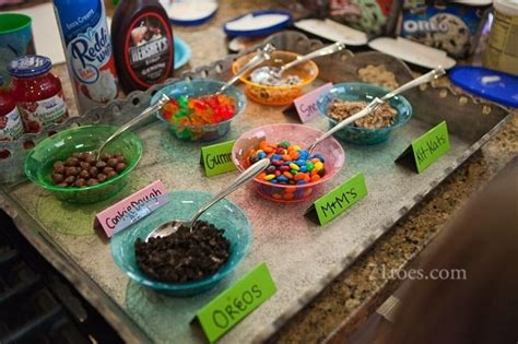 sundae bar toppings