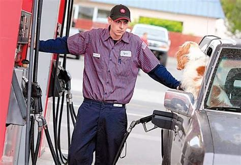 gas station attendant belittles privileged high school