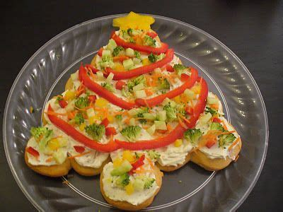 taste of home vegetable christmas tree crescent roll veggie pizza shaped as a tree slice cresent rolls instead of pressing onto a sheet