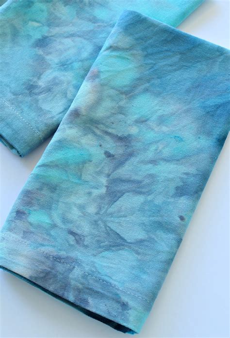 dyeing upholstery how to ice dye easy diy ice dyed napkins dans le lakehouse