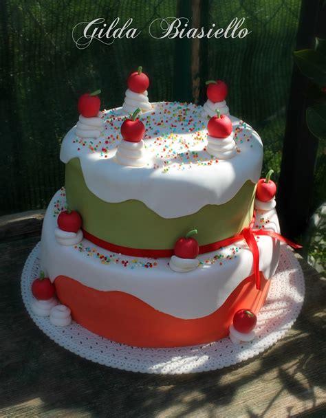decorazioni torte con fiori di pasta di zucchero torta 15 anni in pasta di zucchero donnepasticcione