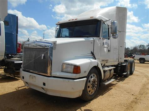 volvo n series trucks 1995 volvo t a truck tractor s n 4v1wdbrf82n692484