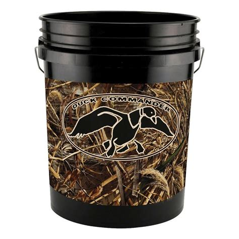 home depot real tree leaktite 5 gal realtree max 5 pattern duck commander 211802 the home depot