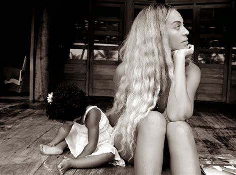 beyonce and blue ivy carter welcome to eazymedia beyonce shares precious photo of her