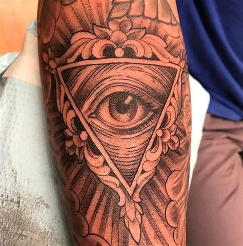 all seeing eye wrist tattoo all seeing eye by saigh at memoir