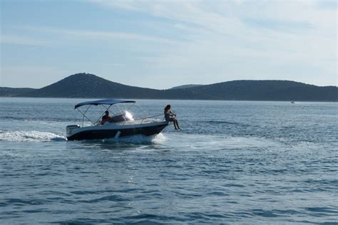 speed boat rental speed boat eolo 590 vodice rent a boat