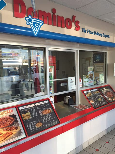 domino pizza lotte avenue domino s pizza 14 fotos y 33 rese 241 as pizzer 237 a 520 w