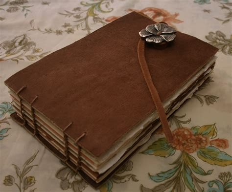 Handmade Leather Journal Tutorial - 45 best images about bookbinding on