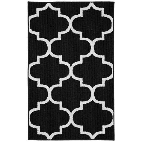 garland rug large quatrefoil blackwhite  ft   ft