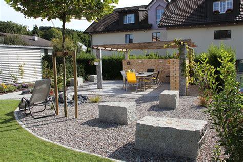 Gartenplatz Gestalten by Sitzplatz Mit Kies Gestalten Stckl Gartenbau Gmbh