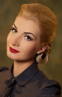hair cutson women in 1950 1960 s updo hairstyles women google search miracle on