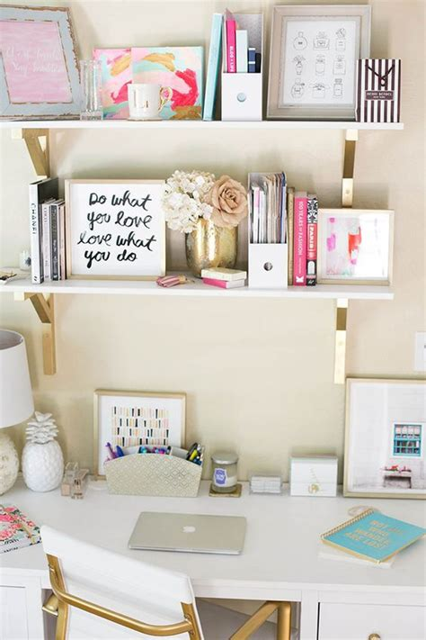 24 Chic Ways To Organize Your Desk And Make It Look Good Ways To Organize Your Desk