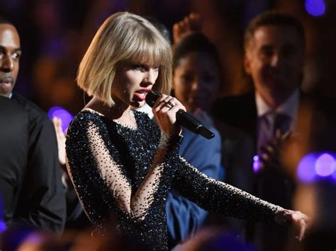 taylor swift concert indy taylor swift coming to indy for september concert