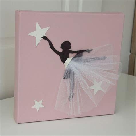 cadre pour chambre fille cadre danseuse tutu blanc d 233 coration chambre danseuse