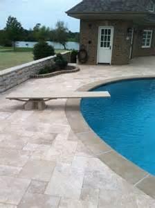 Travertine Patio Pavers Travertine Pool Deck Pavers 187 Design And Ideas