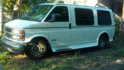 how to sell used cars 1999 chevrolet express 2500 engine control find used 1999 chevy express van in calumet city illinois united states