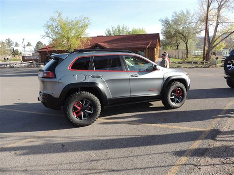jeep cherokee dakar dakar crown automotive sales co inc
